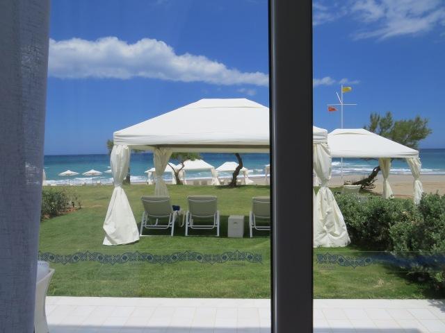 Ausblick aus der Villa gleich am Strand