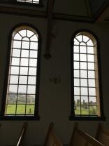 Fenster in der Sandavags Kirkja, Vagar