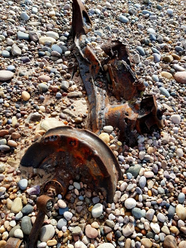 Strand an der Nordostküste bei Garmouth mit Überresten aus den Weltkriegen