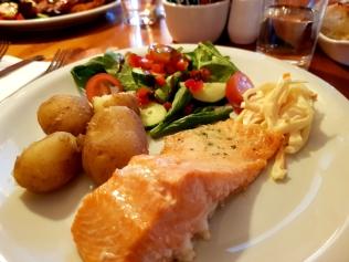 Abendessen im Garmouth Hotel